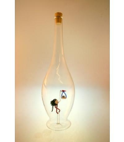 Flasche mit Storch und Baby